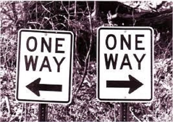One Way Signs pointing in opposite directions